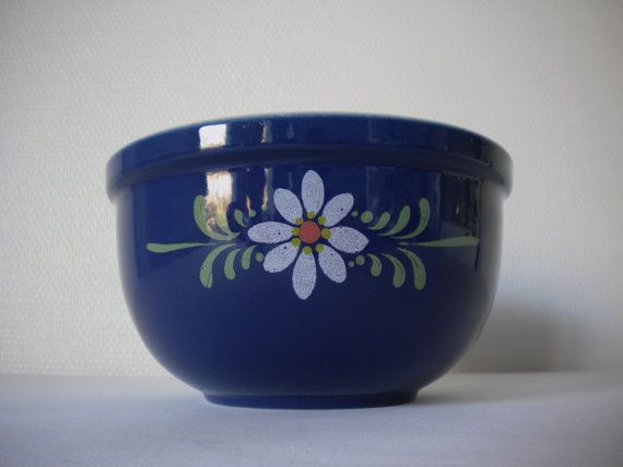 Retro vintage 60s  70s / Blue salad bowl / France by MIKITCHU, €30.00