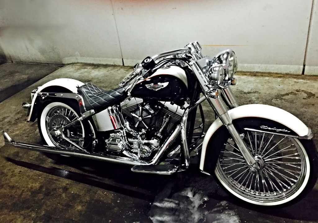 Socal Harley davidson deluxe Cholo | Bikes | Motorcycle, Bike, Golf