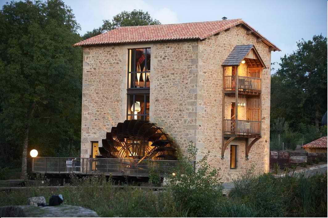 Gîte Du Moulin De La Roche - Gîte Pour 8 Personnes En Vendée Www