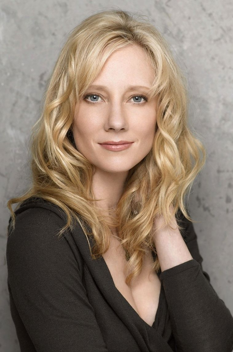 Anne Heche- I Love This Natural Blonde Hue