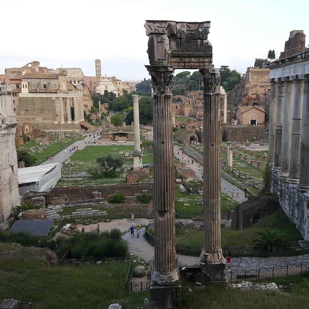 Roma Foro Romano Tempio Di Vespasiano E Tito Italy