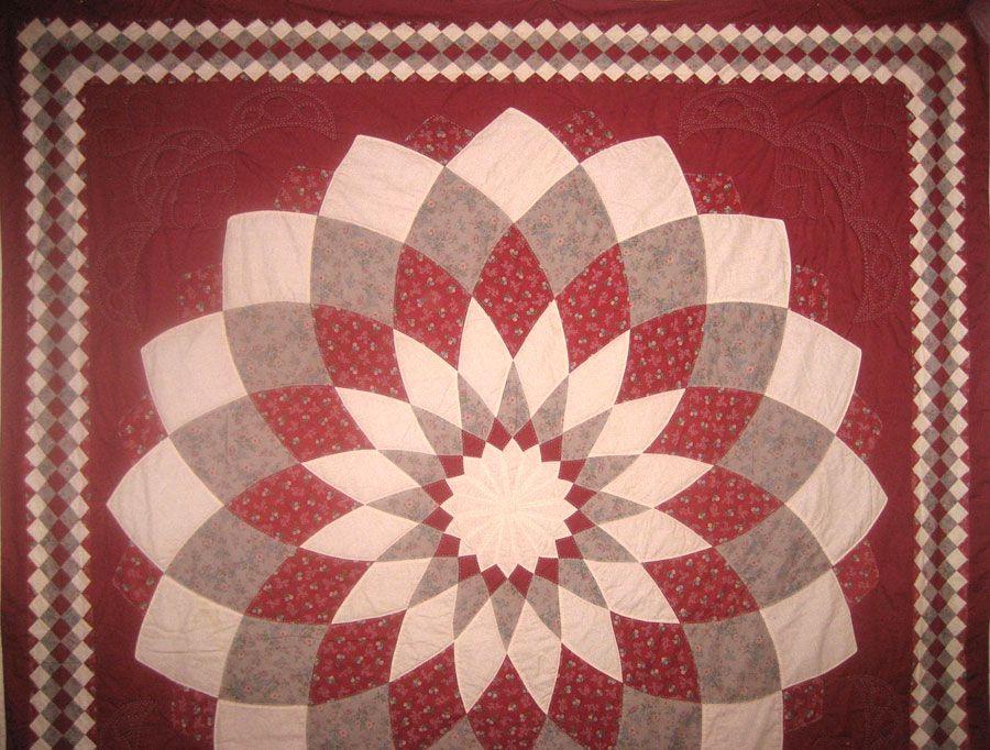 dahlia quilt - Google Search | patchwork | Pinterest | Dahlia ... : dahlia quilts - Adamdwight.com
