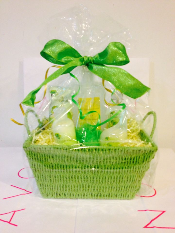 4 pc avon gift basketntact yvette at 301 237 7587 if interested 4 pc avon gift basketntact yvette at 301 237 7587 if negle Image collections