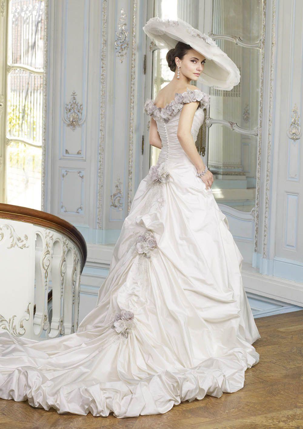 Valdisaire Ian Stuart Ball gown wedding dress, Bridal
