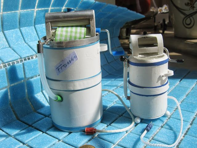 """Mini washing machines how-to in TWO scales. Mid-century Polish apartment. mini-cottages: Washer, Frances """"mini-version step by step"""