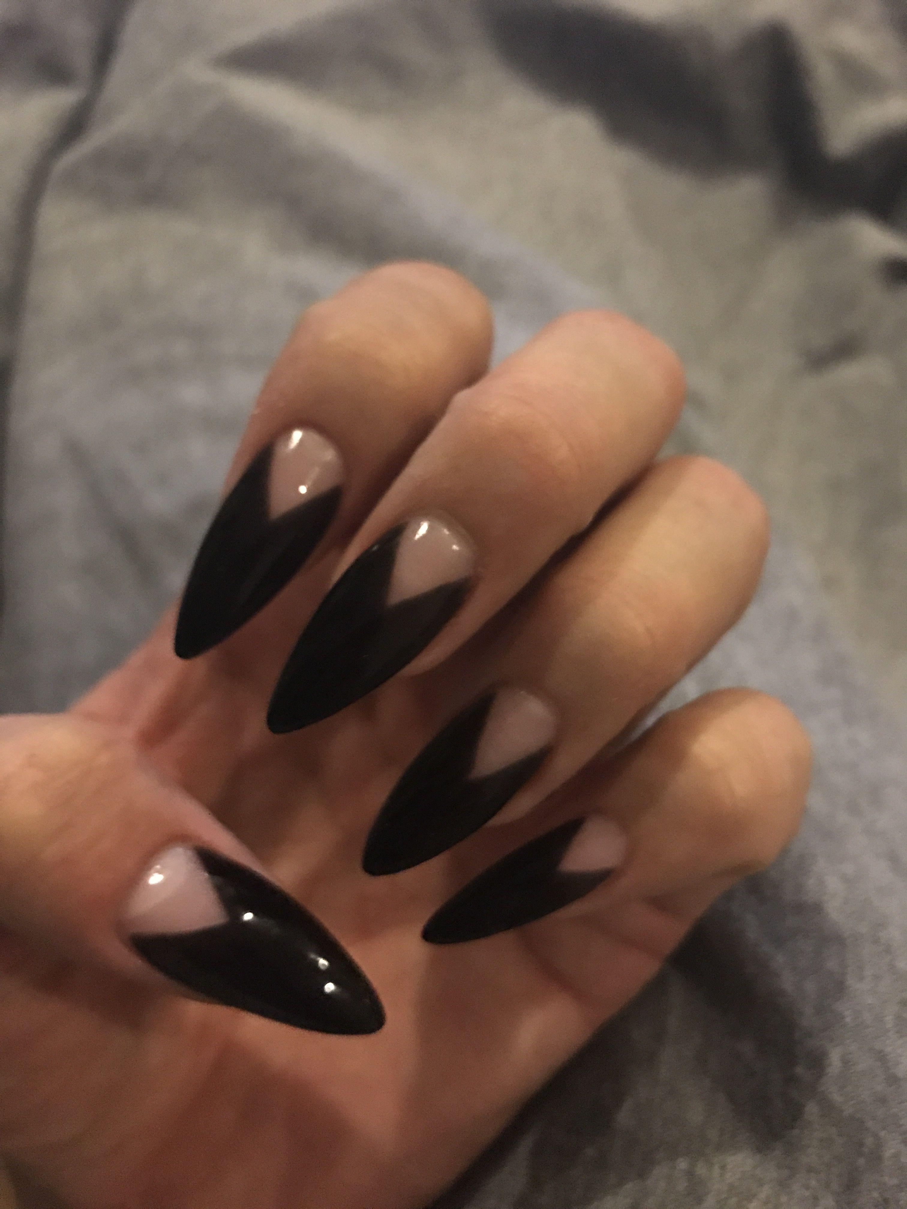 Black stiletto nail design | Nails | Pinterest | Black stiletto ...