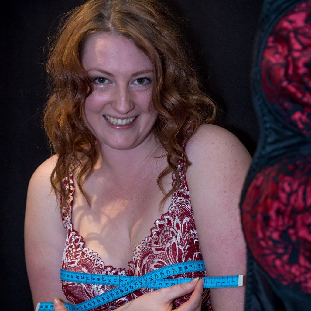 """Oh """"Booby Trap"""", we ❤️ the prose with bras! From 'the pain of tangled messes' to the empowerment of educated choice: read this touching coming of 'bra' age story by our beloved #tbcr ambassador @amberinred. And we are glad to have a role in it, together with @curvygirlthin and @lovebravissimo.  #brasize #bodylove #bodypositive #womanpower #girlpower #badback #osteopathy #plussize #fullerbust  #plussizelingerie #breastcancerawareness"""