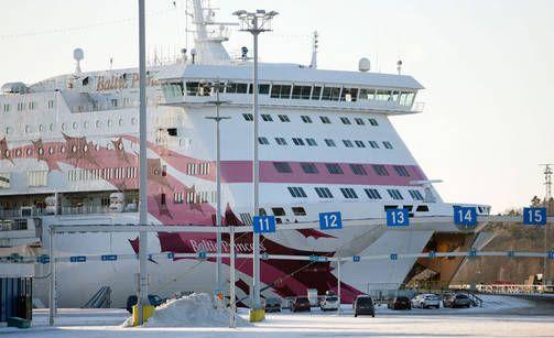 Tallinkin matkustajamäärät Suomen ja Ruotsin välillä notkahtivat