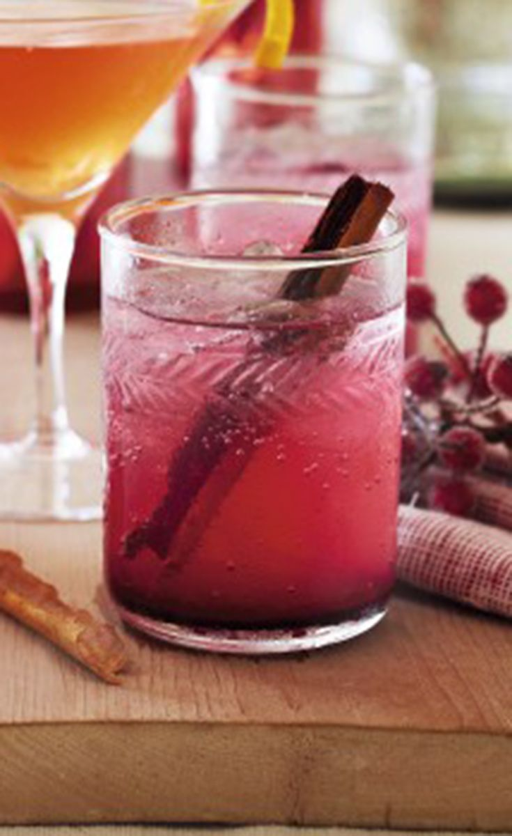 Spiced Christmas Cup Cocktail Recipe Christmas Drinks Non Alcoholic Cocktails Christmas Cup