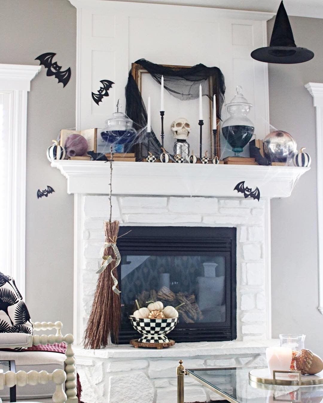 It S No Surprise That Pottery Barn Has The Chicest Halloween