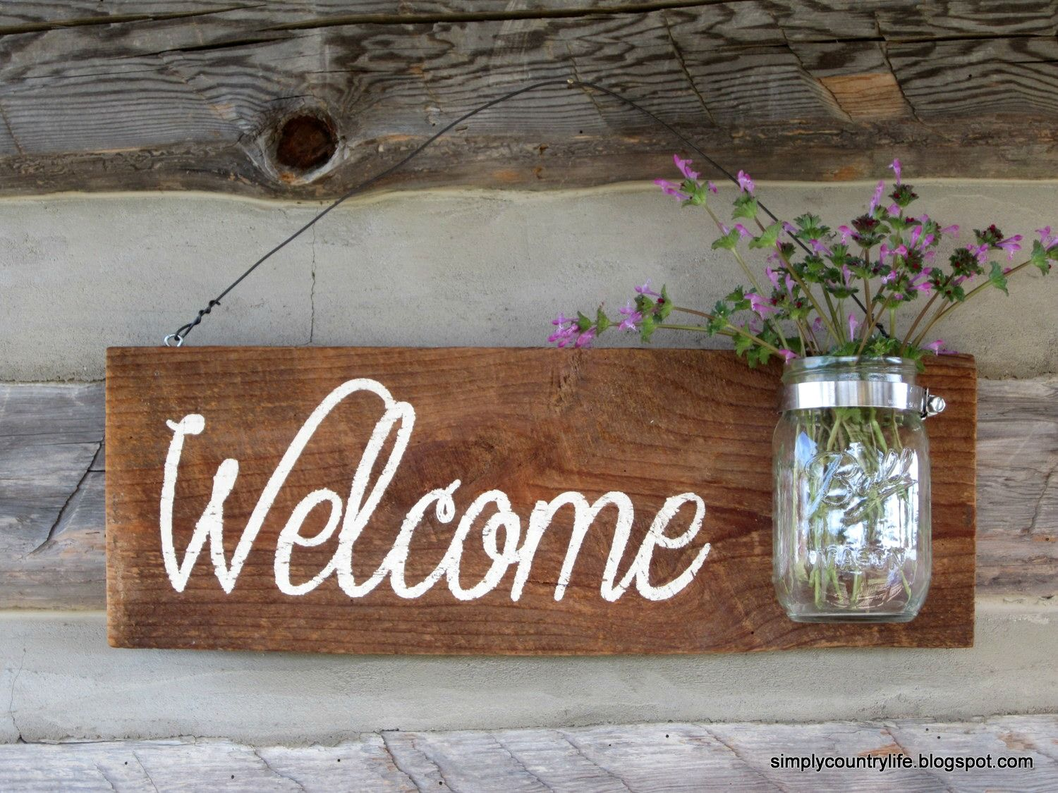 Simply country life rustic barnwood mason jar welcome for Barnwood sign ideas