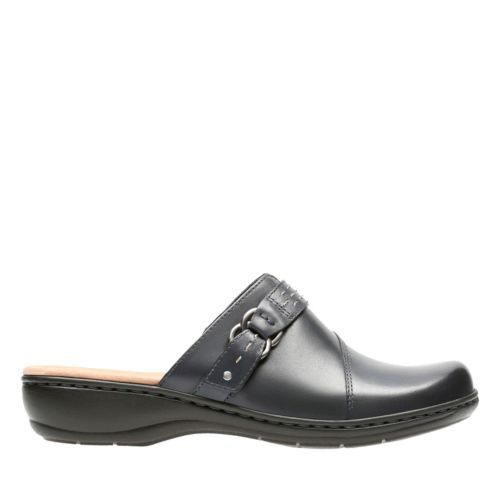 clarks womens wide shoes