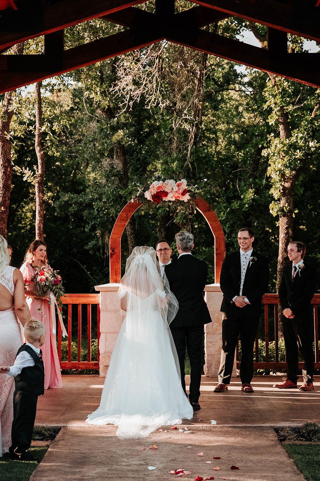 orange red  pink summer wedding flowers  outdoor summer wedding