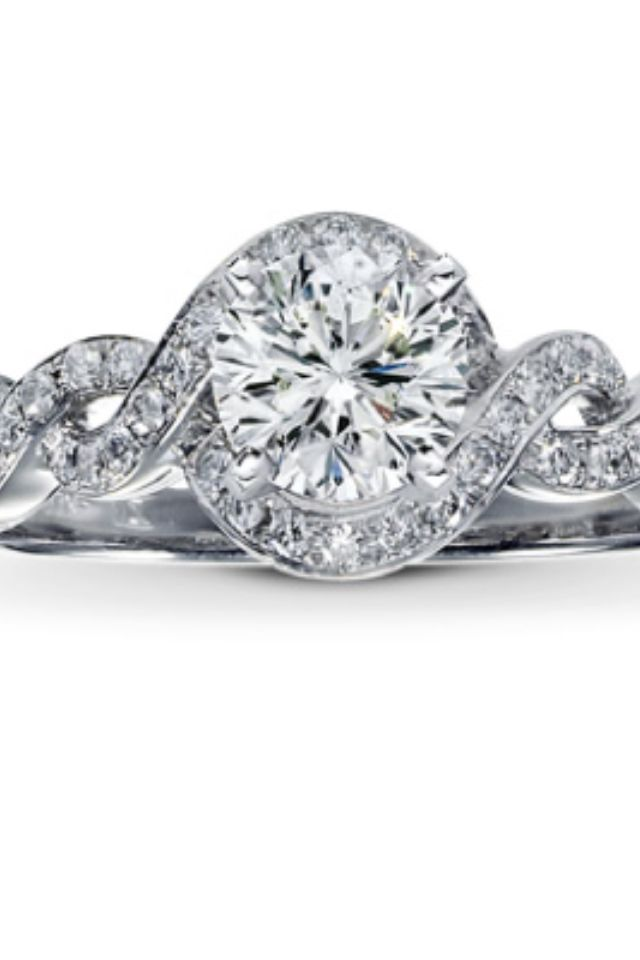 Our jeweler will be finished with a similar version of this by the end of the month:) what do y'all think??
