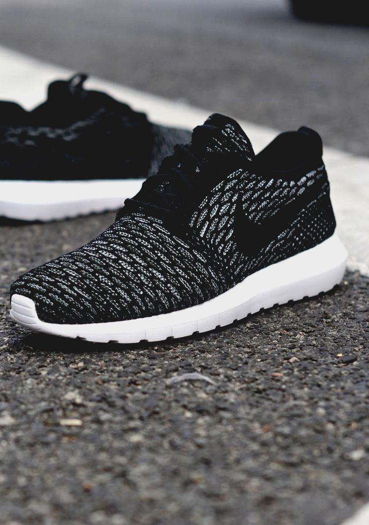 ↟ Pinterest: @chandlerjocleve | Shoe love | Pinterest | Running ...