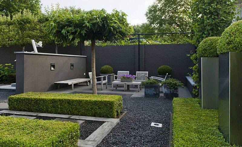 Natuursteen Tegels Tuin : Achterin je tuin een terras creëren van natuursteen tegels geeft een