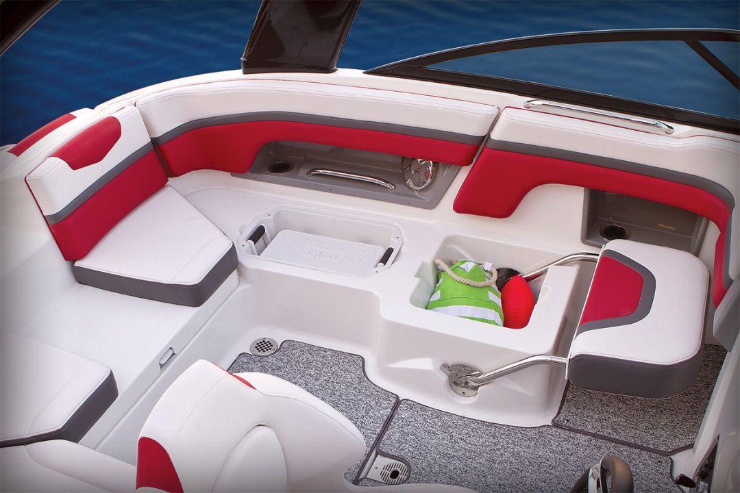 Chaparral 203 Vortex Vrx Side Panel Coaming Storage Dedicated Cooler And Under Seat Wet