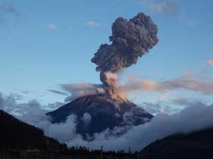 Volcan Tungurahua. Foto: lagranepoca.com
