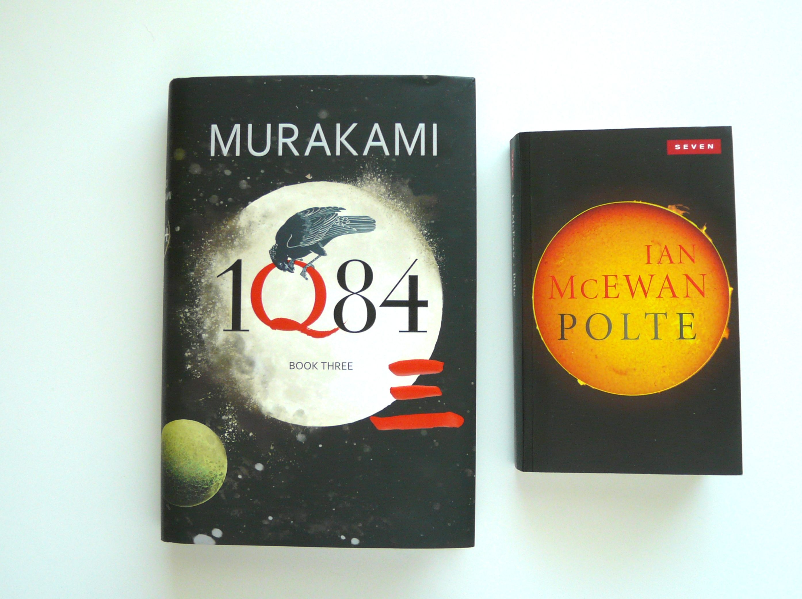 Similar visual forms in current book covers