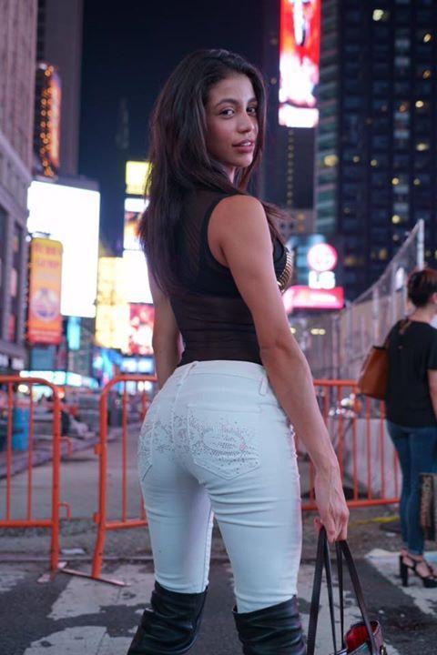 Veronica rodriguez hot girl
