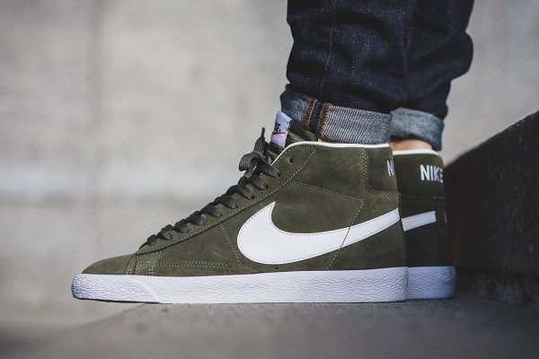 The Nike Blazer Mid Gets A Premium Green Colorway Sneakers Fashion Sneakers Fashion Spring Nike Blazer