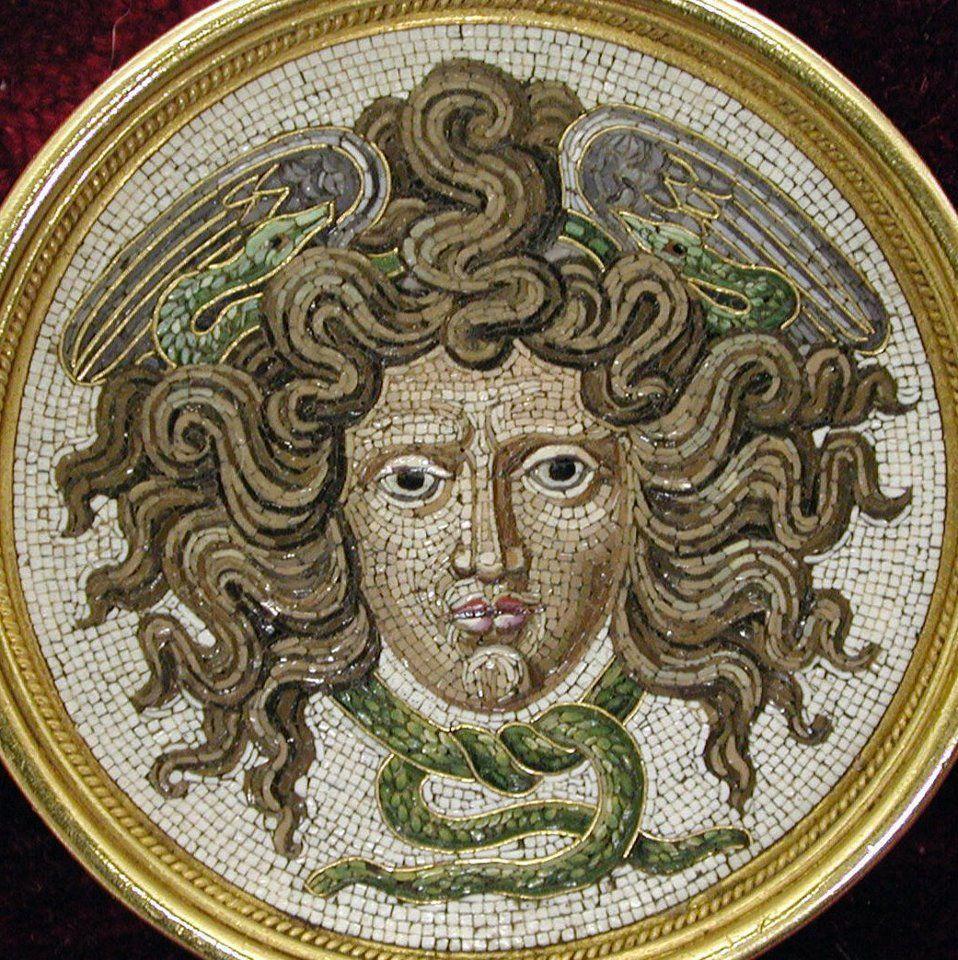 Medusa Mosaic Mosaic En 2019 Mosaic Art Medusa Gorgon