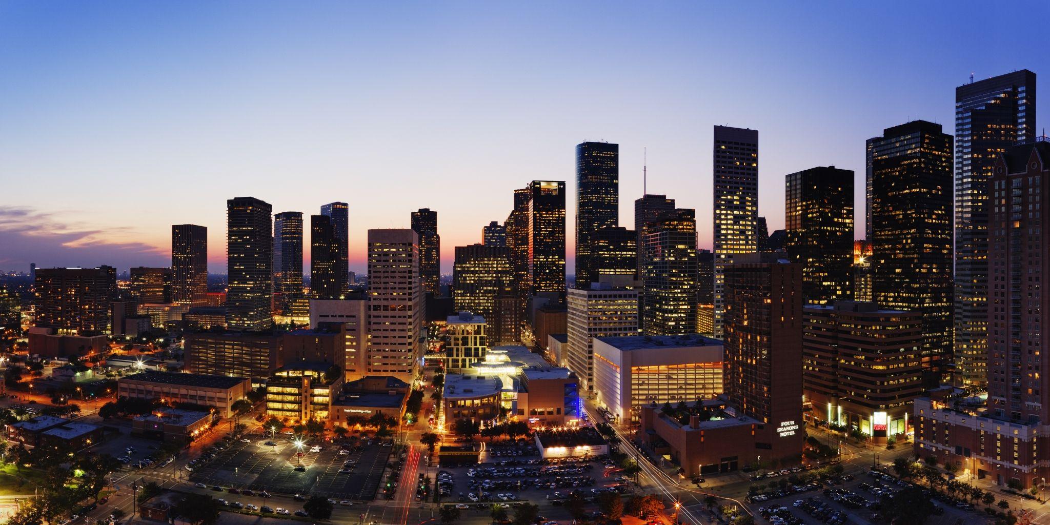 Hanover Post Oak ǀ Gallery ǀ Houston High Rise Apartments Houston Luxury Luxury High Rise High Rise Apartments