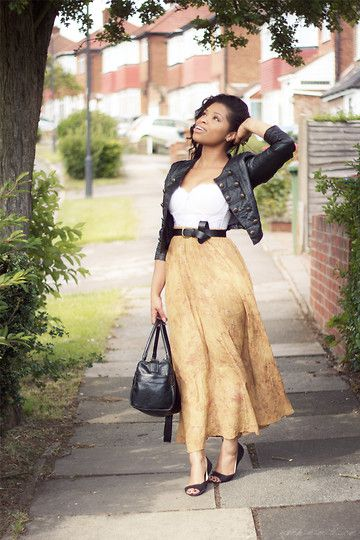 Mum's Vintage Skirt.  (by Shirley B. Eniang) http://lookbook.nu/look/2062665-Mum-s-Vintage-Skirt