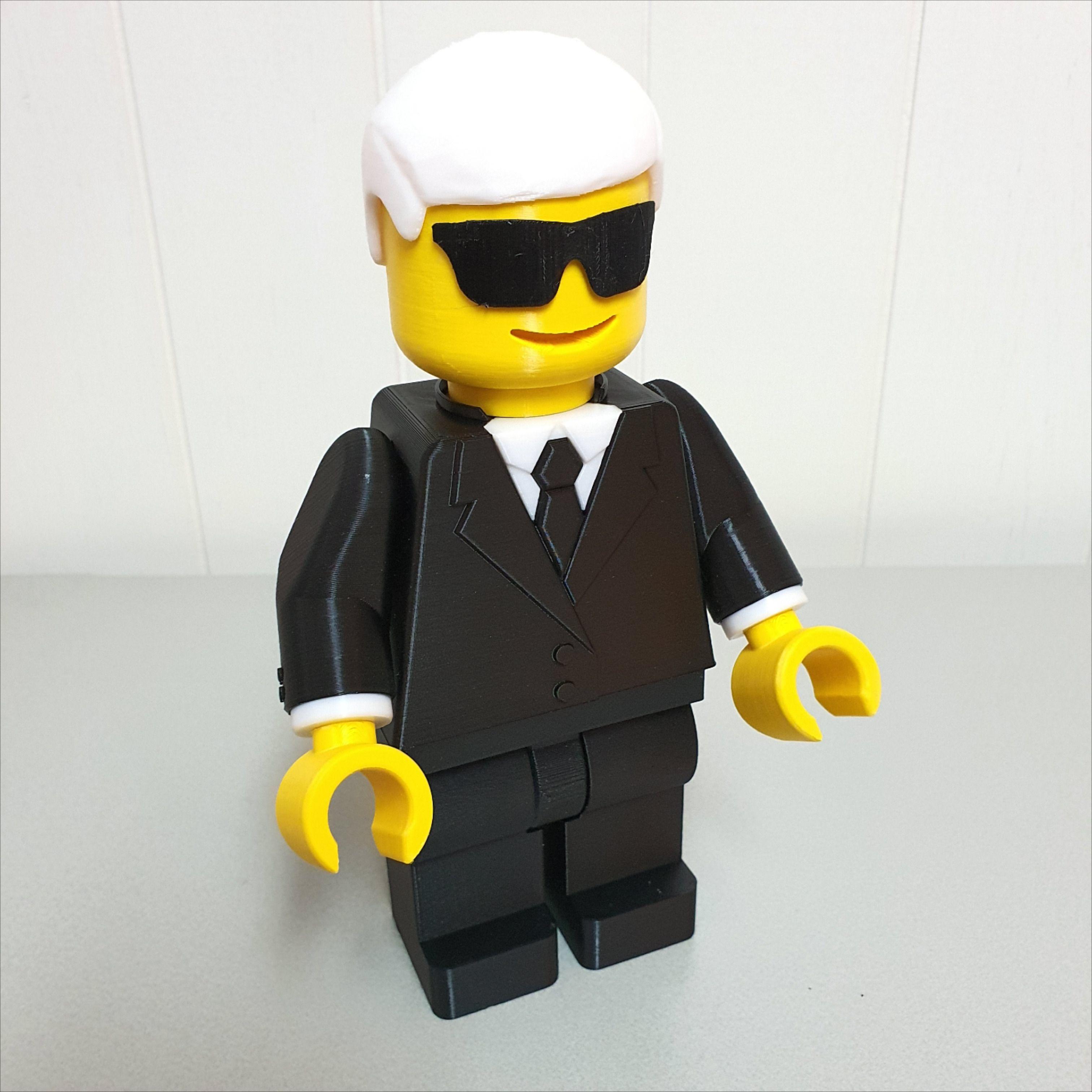 3d Druck Giant Lego Figur Men In Black In 2020 Lego Man 3d Printing Look Alike