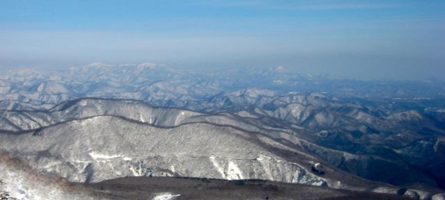 Tohoku snowboarding