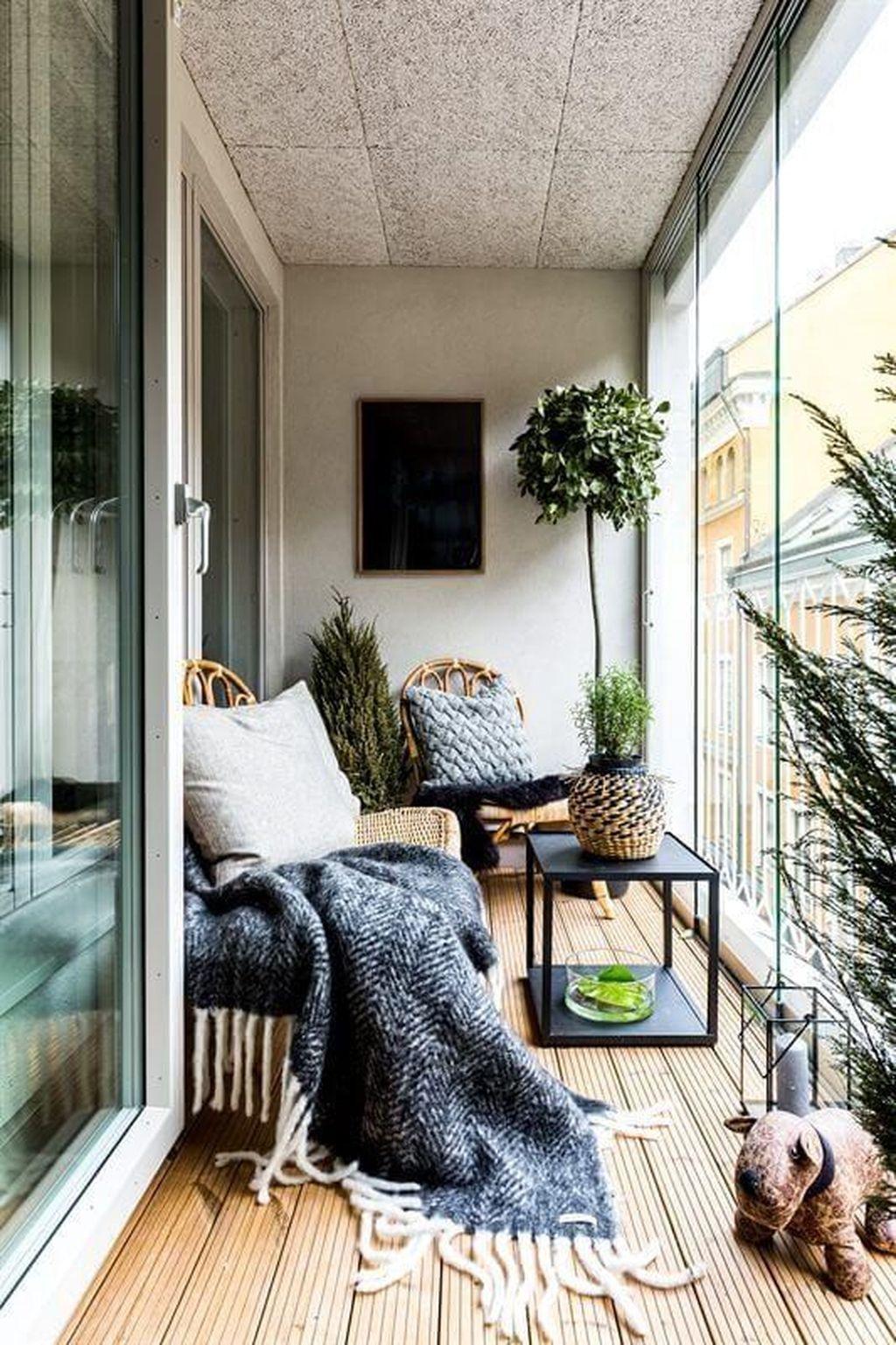 53 Unique Apartment Small Porch Decorating Ideas images