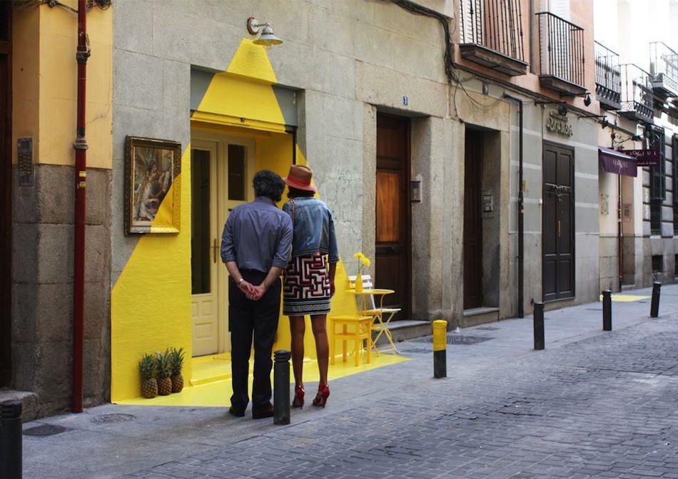 (Fun) street art installation in Madrid