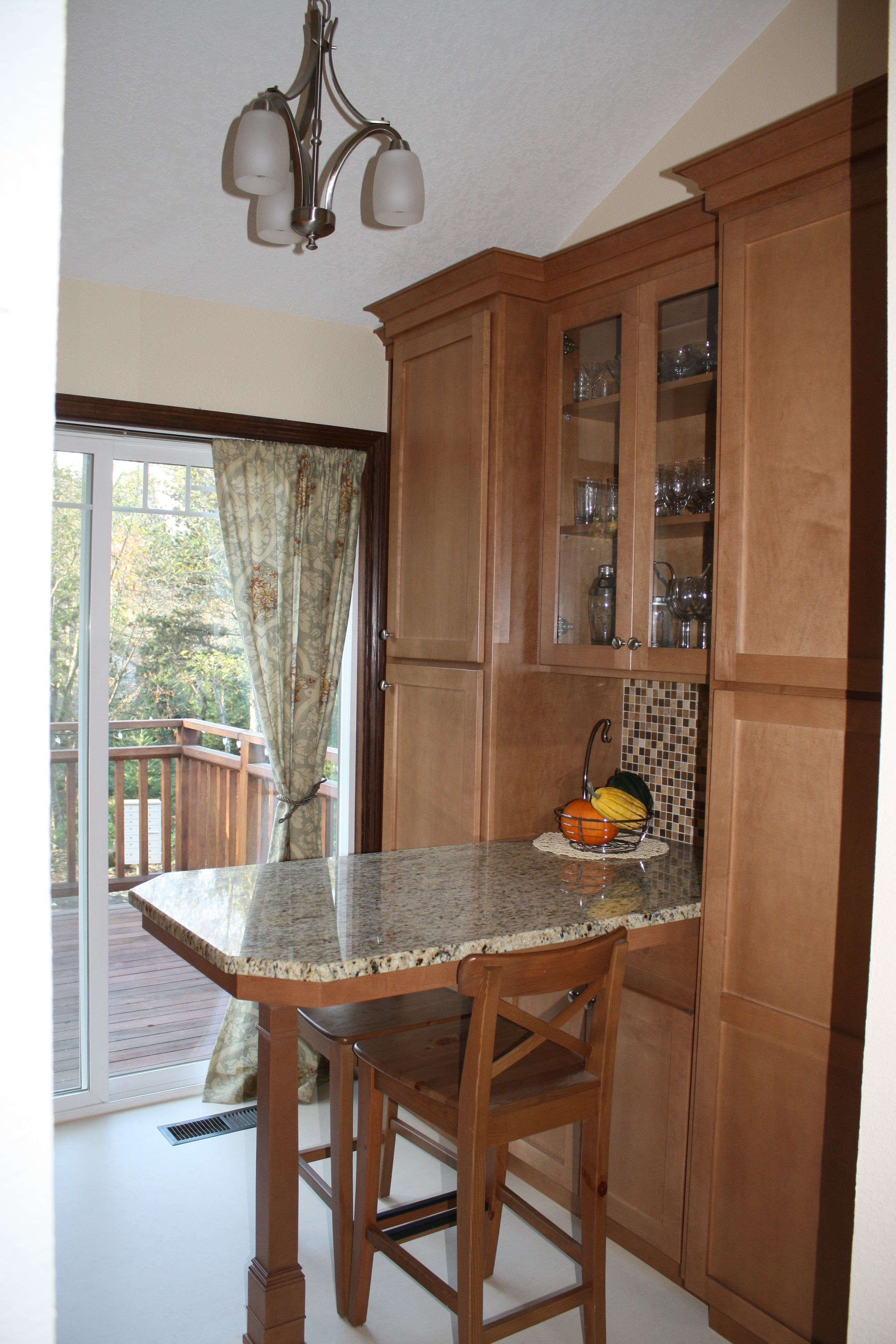 kitchen island pantry breakfast nook all in one aesthetically its not my style but its very on kitchen nook id=99477