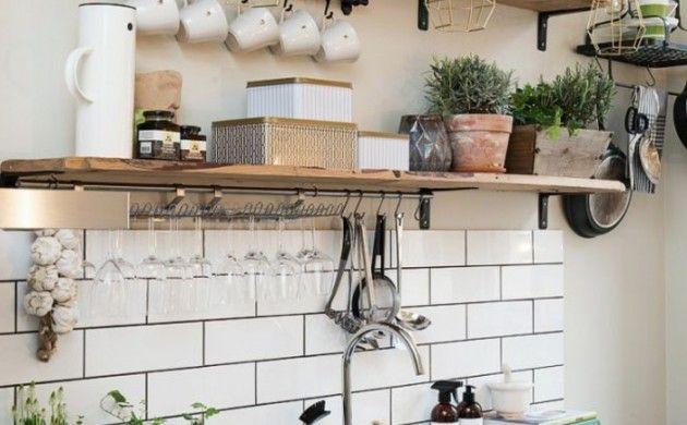 wandgestaltung küche fliesen weiß offene wandregale haus