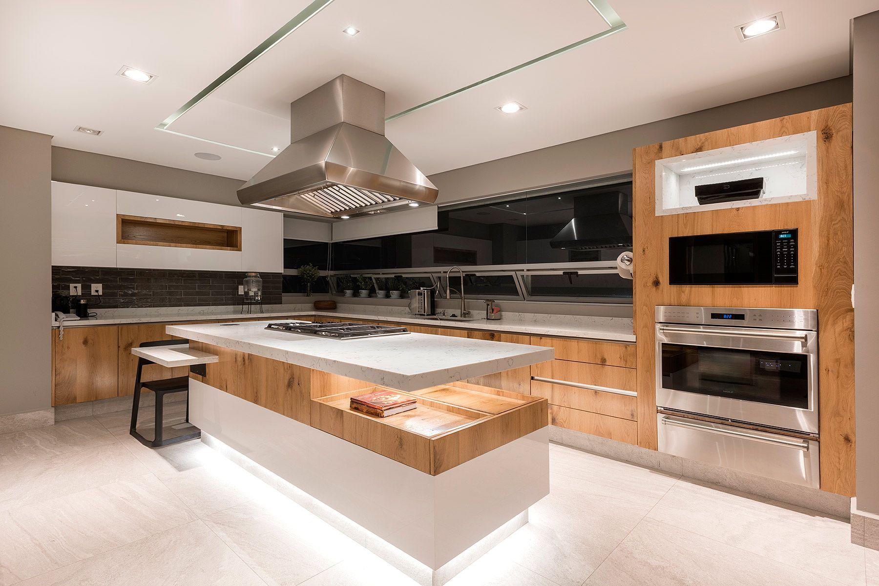 Dise o interior a la medida calidez galer a de fotos 6 for Color de pintura al aire libre casa moderna