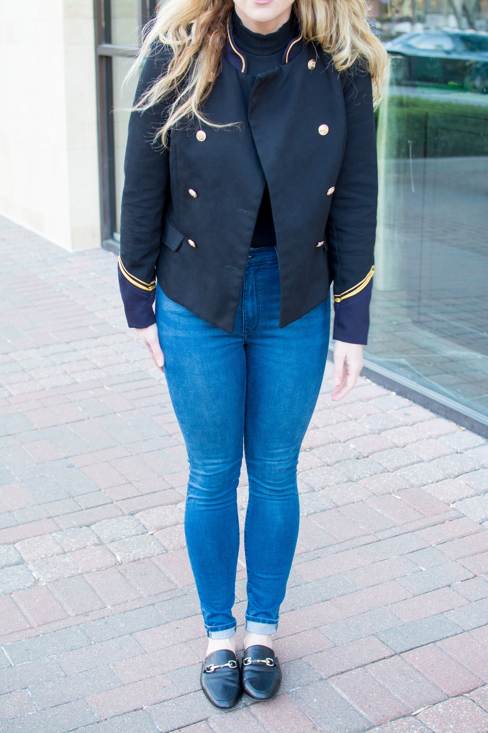843e12b986c81 A Military Jacket with Skinny Jeans and Leather Mule Loafers.   Ashley from  Le Stylo Rouge