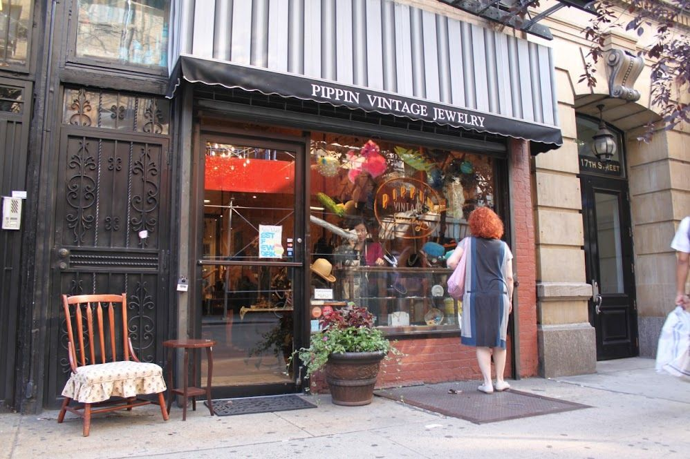 My Favorite Vintage Jewelry Shop In Nyc Upper West Side Nyc Shopping Nyc Neighborhoods Nyc