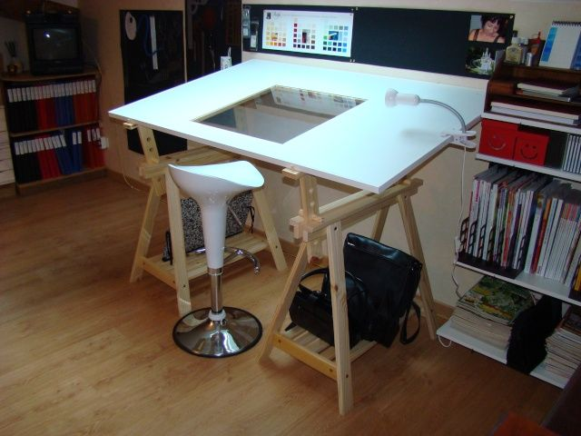 Une table dessin diy pinterest table dessin et bureau - Table a dessin lumineuse ...