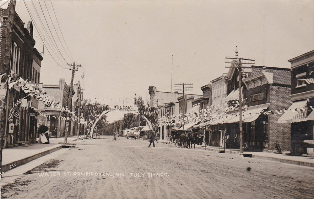 RP: Water Street (dirt) , PRAIRIE DU SAC , Wisconsin , 31 July 1907