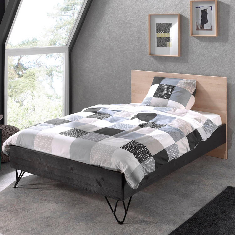 Einzelbett Jugendbett 120 x 200 cm massiv schwarz, Birke