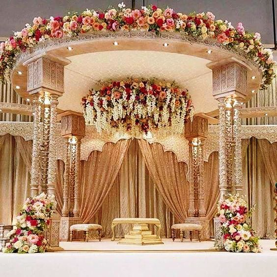 Top 24 Most Dazzling Wedding Stage Decoration That You Haven't Seen is part of Indian wedding decorations - This wedding season make your function a grand one with 24 dazzling wedding stage decoration ideas that you haven't seen in any other wedding