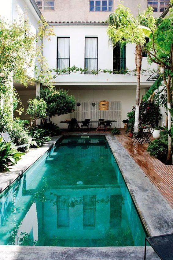 Photo terrasse bois piscine Outlander, House and Interiors