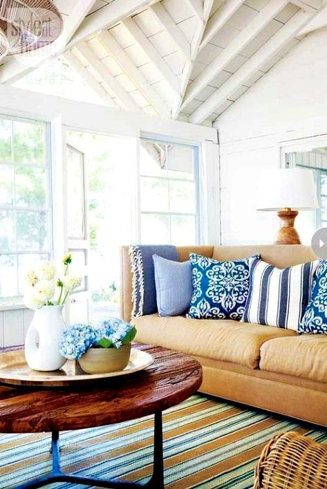 Living room design hacks be reasonable once you sell your home ought to decorate in  style that reflects taste but try stay away from also best decor images rh pinterest