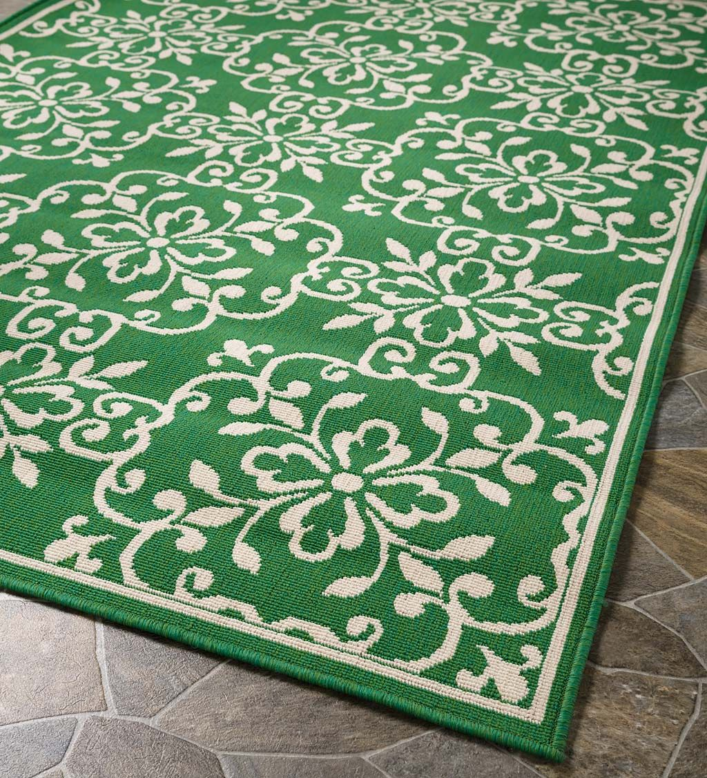 Update Any Space With Our Indoor Outdoor Lexington Square Medallion Polypropylene Rug It Adds Fun Vibrant Color With A Pattern T Medallion Rug Rugs Area Rugs