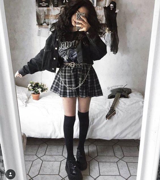 Love Punk Goth Pinterest : AICVLGR #fitnessinspiration Tumblr #Goth #soft grunge #grunge #punk - Pinspace
