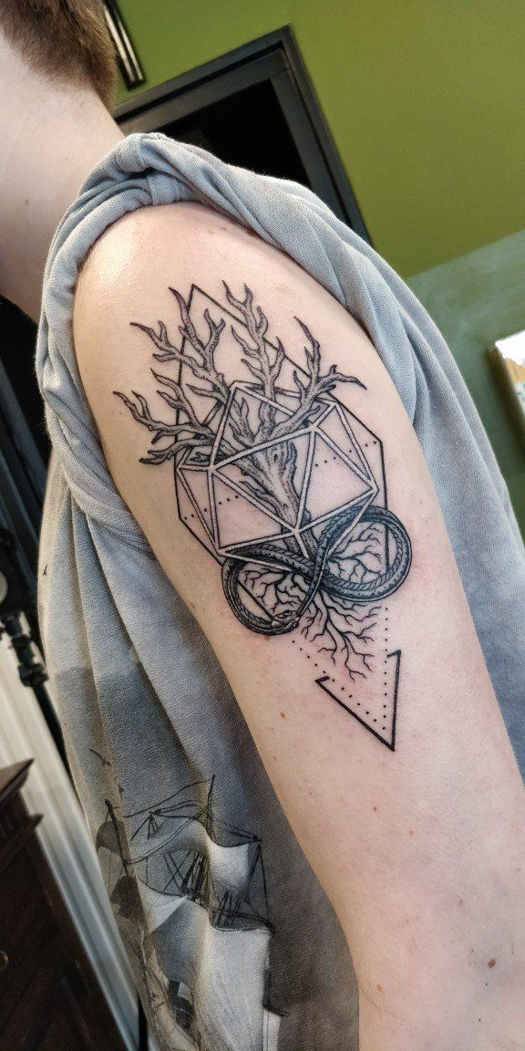 My fresh Ouroboros x Tree of Life tattoo, done by Butcher