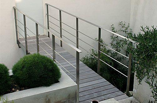 garde corps balcon Pinterest Rampes, Terrasses et Garde corps - Terrasse Suspendue Sur Pilotis