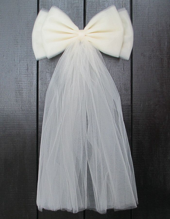 Ivory Tulle Wedding Pew Bow