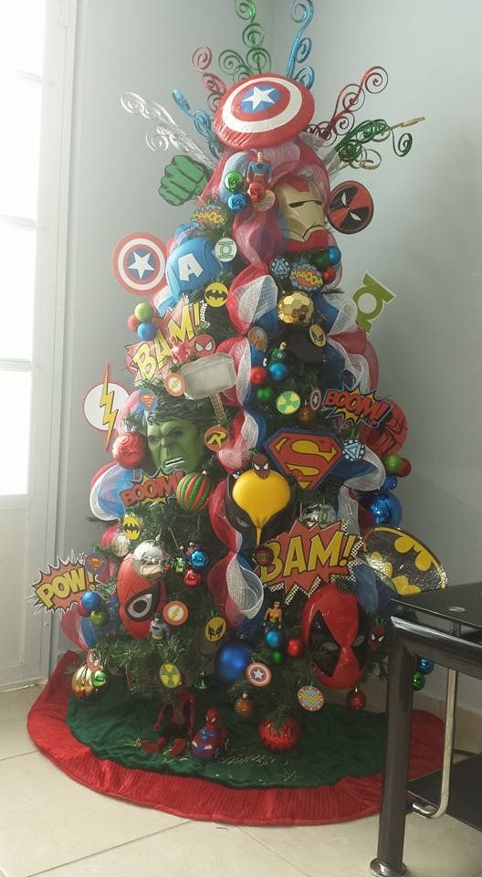 Marvel Super Heroes Tree My Grandsons Would Love This Tree Christmas Tree Themes Cool Christmas Trees Disney Christmas Tree