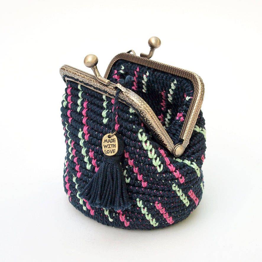 Metal closure purse, crochet purse, kiss lock purse, tapestry ...